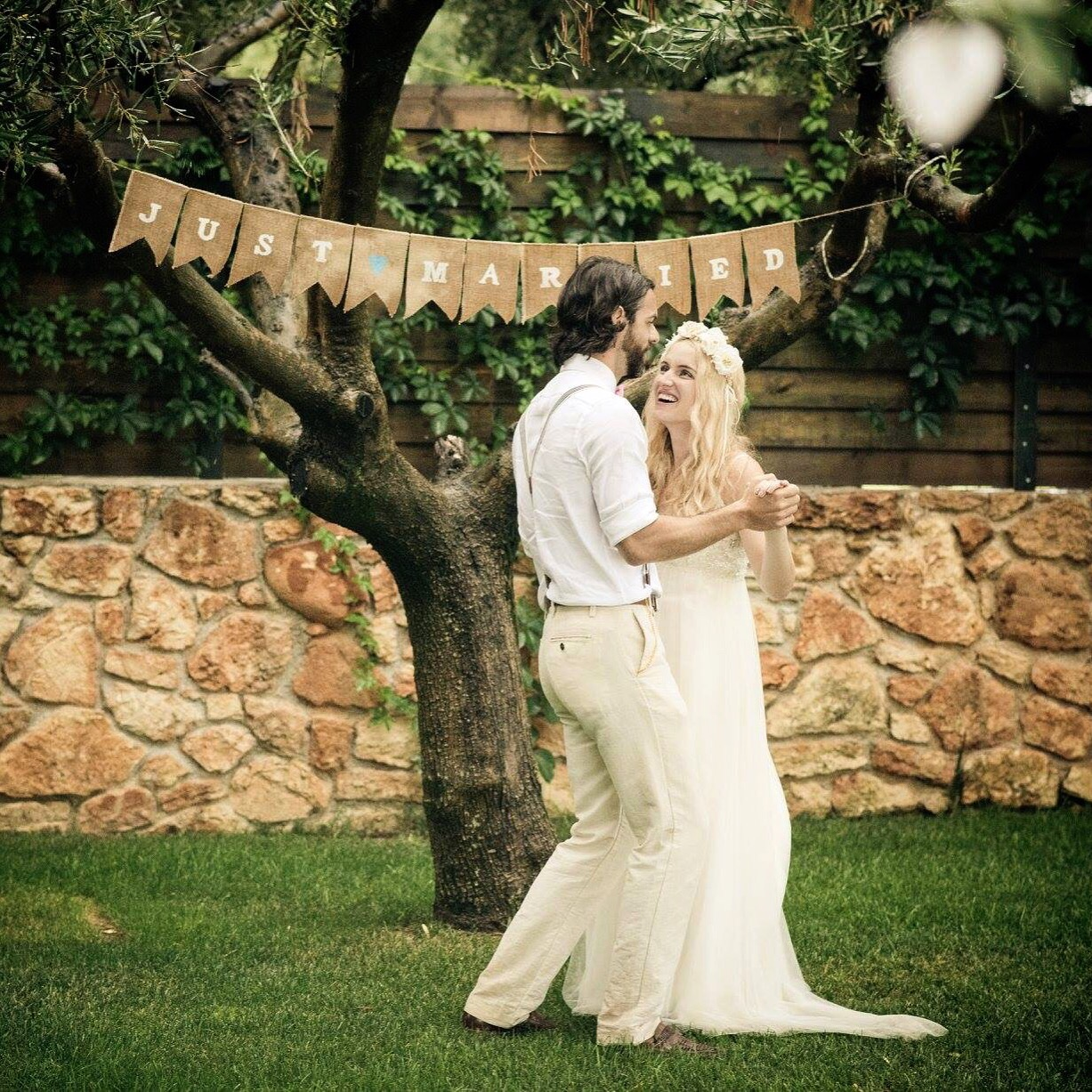 Top tips for getting married abroad - jessica emily